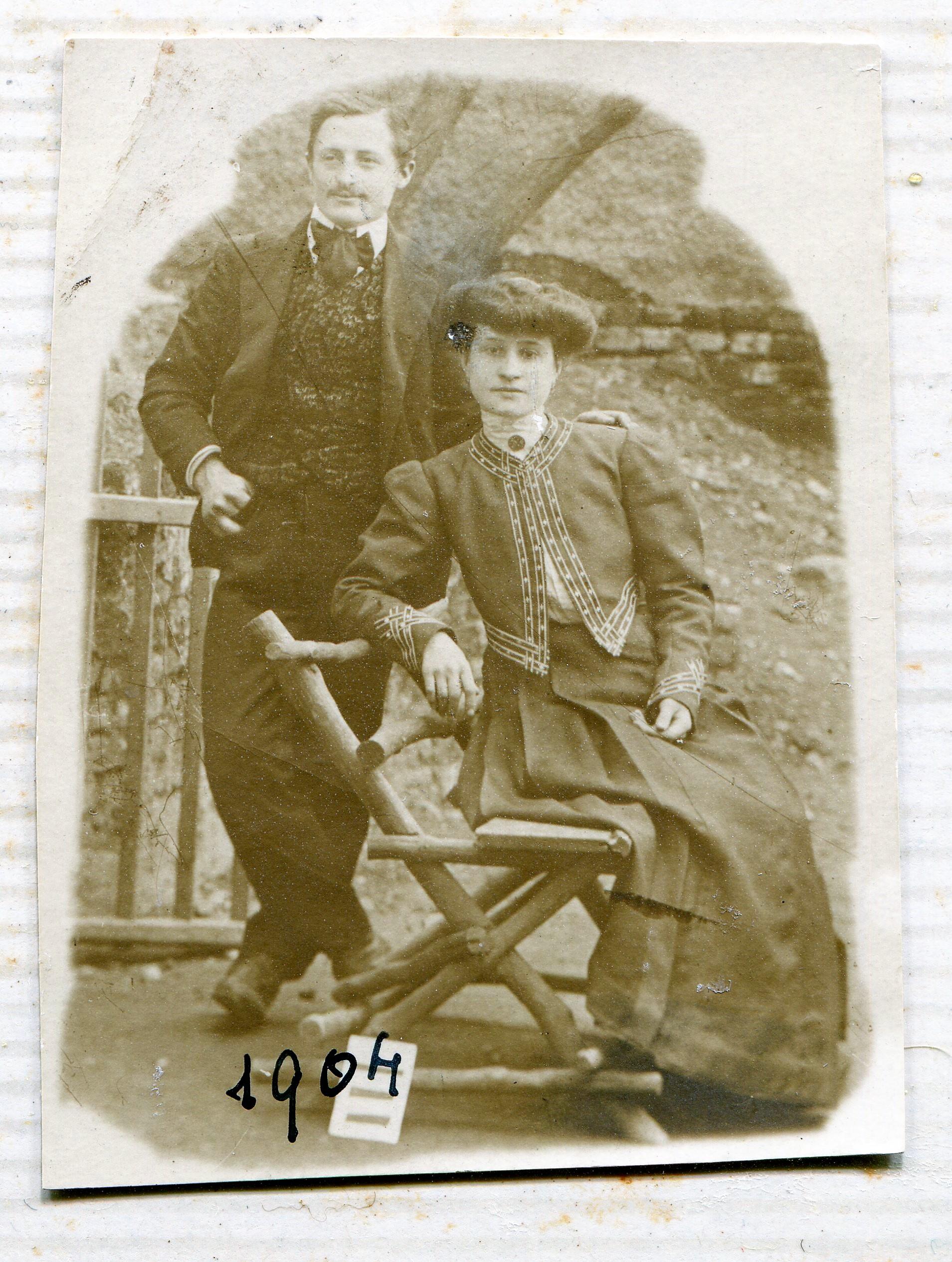 Carlo Galetti con la moglie Vincenzina Tonani nel 1904